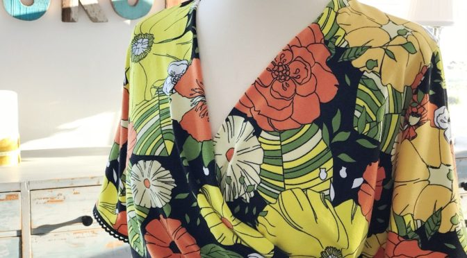Flower Power Wrap Dress – overdelen